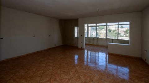 "Three bedrooms apartment for sale in Neighborhood ""18 Shtatori""  Gjirokaster, Albania"