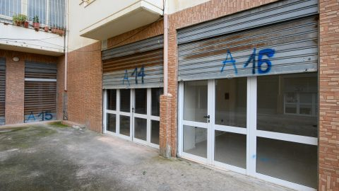 Shop 16 m2 for sale in Vlorë, Albania