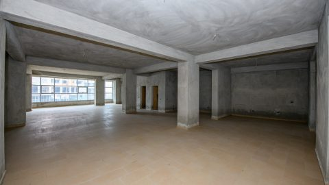 Shop 165 m2 for sale in Vlorë, Albania